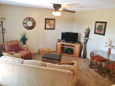Photo for Branson 1bdrm Walk in Condo, Free Wi Fi, Great Branson View & Location, Pools,