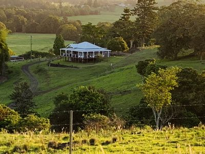 Photo for Beautiful homestead Byron bay hinterlands.