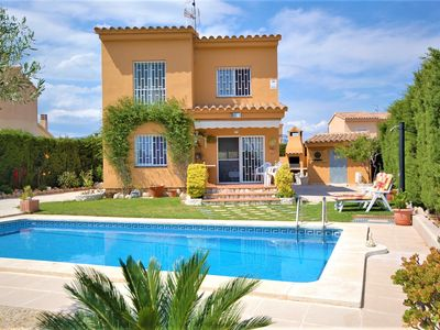 Photo for Detached villa for 6 people in Ametlla de Mar, with private pool.