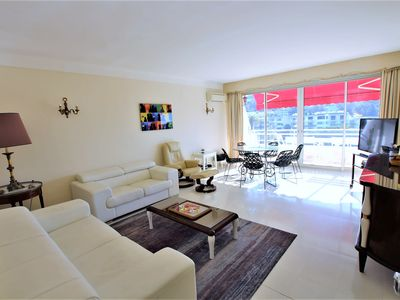 Photo for Fully equipped appartment 105 m2 clear view on the sea and californie hills