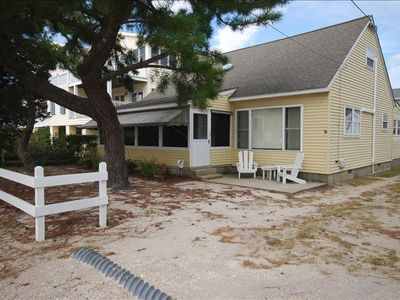 Dewey Beach Charming Ocean Block Pet Friendly Home!