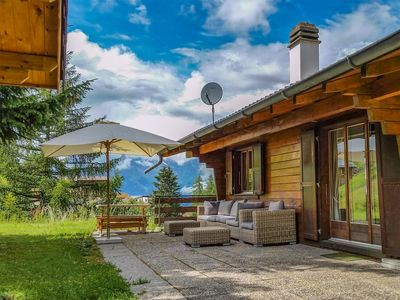 Photo for Vacation home Chalet Par Le Travers in La Tzoumaz - 8 persons, 4 bedrooms