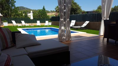 Photo for Town house near the beach for 6 people. Private pool, garden, air, garage, WiFi, TV