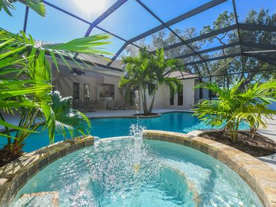 Photo for Elegant villa 3 bedms/2 bathms with pool close to Anna Maria