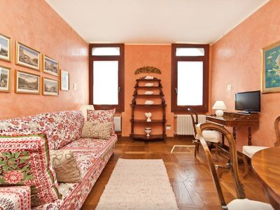 Photo for In the elegant area of ​​Dorsoduro, enjoy the charm of a noble venetian palace