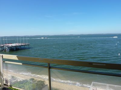 "Photo for Apartment ""feet in the water"" sea view. Downtown walk. Wireless"