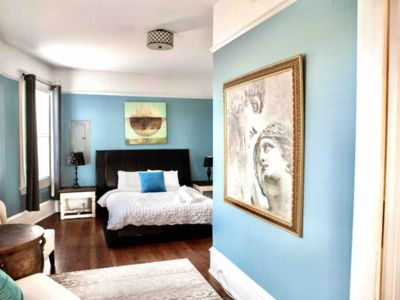 Photo for Charming Suite In Character Home In The Heart Of Downtown Victoria