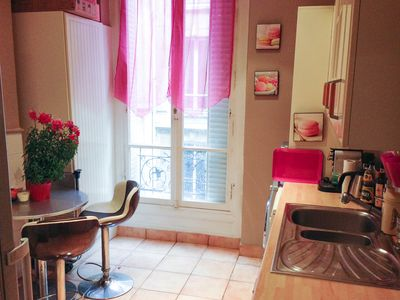 Photo for Glamorous one bedroom, one bathroom appartment in the glittering Triangle d'Or