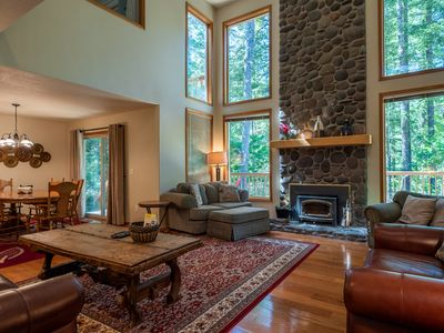Photo for Sandy River sounds & views, relaxed vibe for fall, hot tub, BBQ
