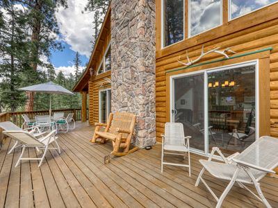 Photo for Atmospheric mountain cabin w/ balcony & firepit - three miles from Purgatory!
