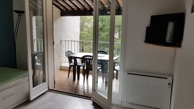 Photo for Studio cabin sleeps 4 at 300m from the beach