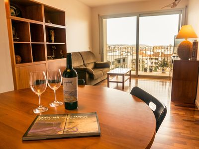 Photo for Apartment with terrace and private parking, Girona