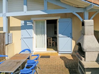 Photo for Biscarrosse-Plage Holiday Home, Sleeps 5 with Free WiFi