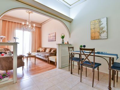 Photo for Beautiful 2-bedroom Home in the Heart of Athens