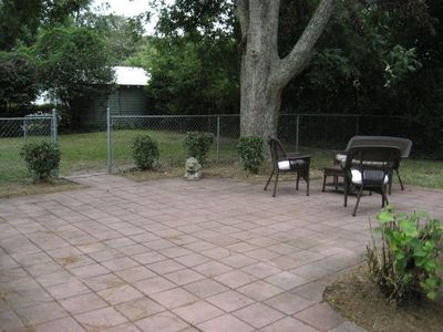 Private Backyard and Courtyard with HUGE pecan tree for shade