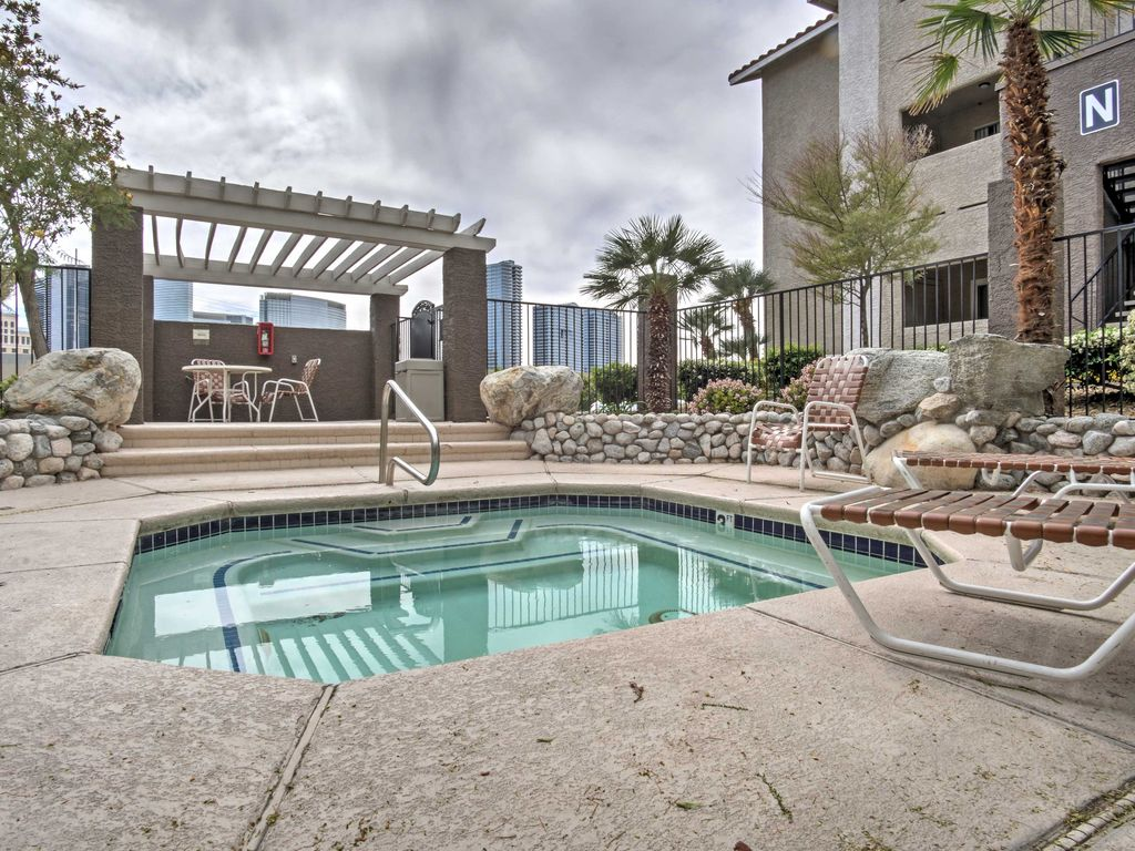 NEW! 1BR Las Vegas Condo Minutes from the Strip!