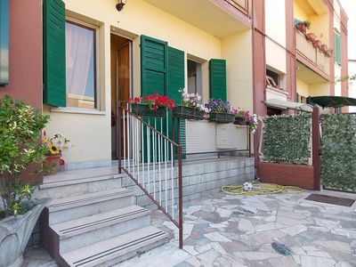 Photo for Nice apartment with garden & parking