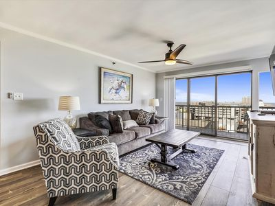Photo for Newly Renovated! Oceanfront (Side) Near Boardwalk - Pool & Free Linens!