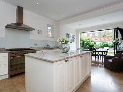 Photo for Smart 5 bedroom home in South London with private garden and BBQ (Veeve)
