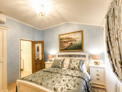 Photo for Junior Suite in exquisite Bed & Breakfast Villa Hasi in center of town!