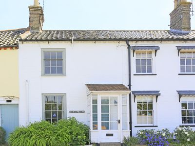 Photo for The Bolt Hole - Two Bedroom House, Sleeps 3