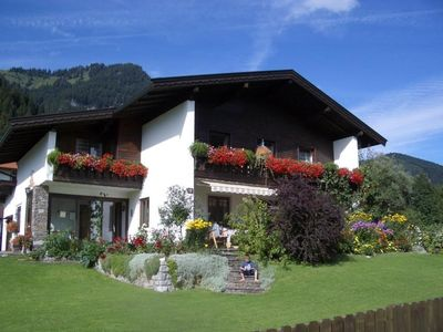 Photo for Holiday apartment in a beautiful, quiet location overlooking the Kaisergebirge