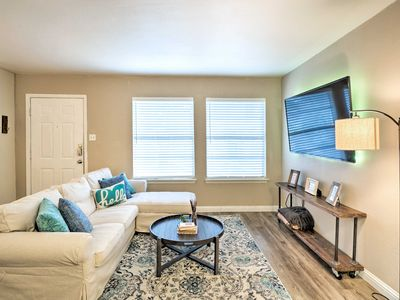 Photo for NEW! Updated Condo w/Pool-3 Mi to Downtown Austin!