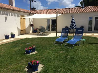 Photo for Beautiful gite in a peaceful location just a five minute drive to the beach!