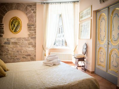 Photo for Apartment in the heart of Assisi, with views of the Cathedral