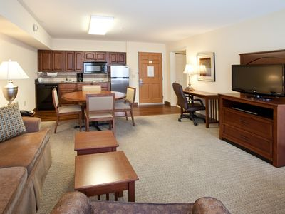 Photo for Indoor Pool & Hot Tub. Free Breakfast. On the Missouri River.