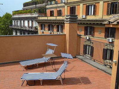 Photo for Apartment 126 m from the center of Rome with Lift, Internet, Washing machine, Air conditioning (145339)