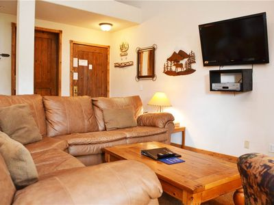 Photo for Los Pinos Townhomes: 2 BR / 2 BA townhome in Breckenridge, Sleeps 6