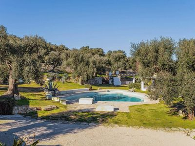 Photo for Private residence 700m from Ostuni centre. 3 bedroom 2 bathroom villa with pool