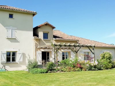 Photo for Spacious villa with private swimming pool on a challenging 18-hole golf course.