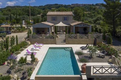 Wonderfull villa with heated pool 4.5 x 11 with stunning panoramique views 8 p.