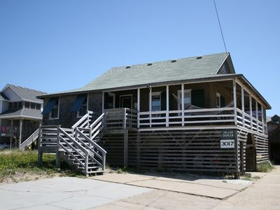 Photo for Island Dancer: Classic Old Nags Head cottage, pet friendly, comfortable and affordable