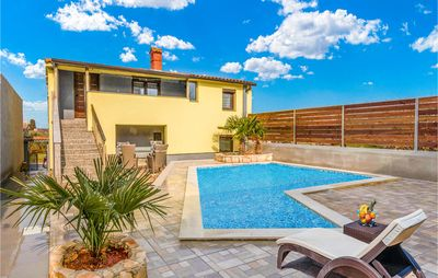 Photo for 4 bedroom accommodation in Valtura