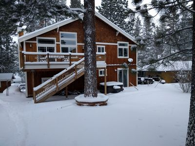 Photo for Top reviews ski heaven close to Northstar and Squaw, modern, outdoor hot tub.