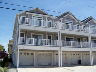 Photo for 25 Feet to Beach - Top Floor Condo - Near Mariner's Landing