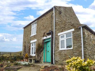 Photo for ROSE COTTAGE, pet friendly, with open fire in Rookhope, Ref 928604