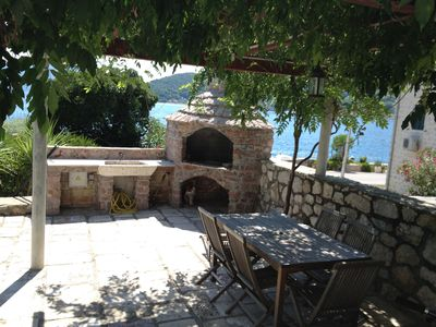 Seaside Front Garden with Barbeque and Dining Area