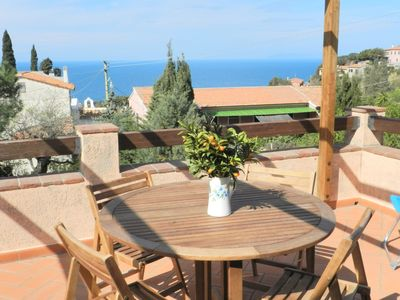 Photo for Apartment with fantastic sea views - Apartment Il Melograno