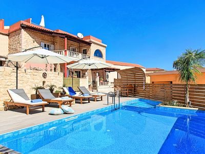 Photo for Casa Belvedere Private Swimming Pool and Jacuzzi
