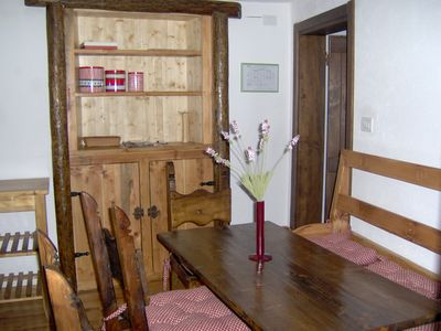 Photo for Mountain style three-room apartment with independent entrance. Wi fi and pul. final included.