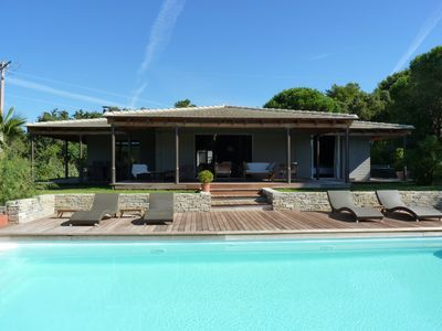 Charming wood house with swimming pool and jacuzzi near Saint Tropez
