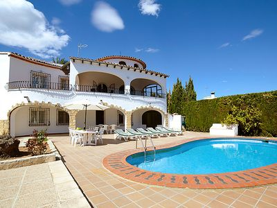 Photo for 6 bedroom Villa, sleeps 12 in Casas de Torrat with Pool and WiFi