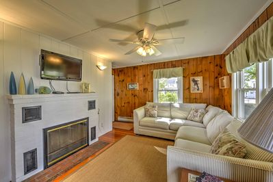 This 1-bedroom, 1-bath vacation rental home is perfect for groups of 4.