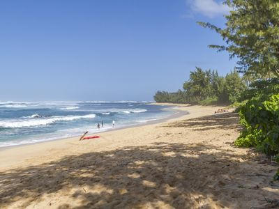 Photo for Three Bedroom North Shore Hale with Central AC Close to Beach