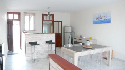Photo for Single storey house, 5 minutes from the beach