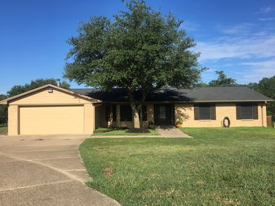 Photo for 2000SF 3/2/2 Ranch Home in the Country on acreage just 7.3 miles to TAMU!!!